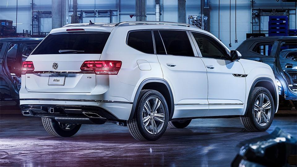 Volkswagen Atlas обзавелся спорт-пакетом R-Line
