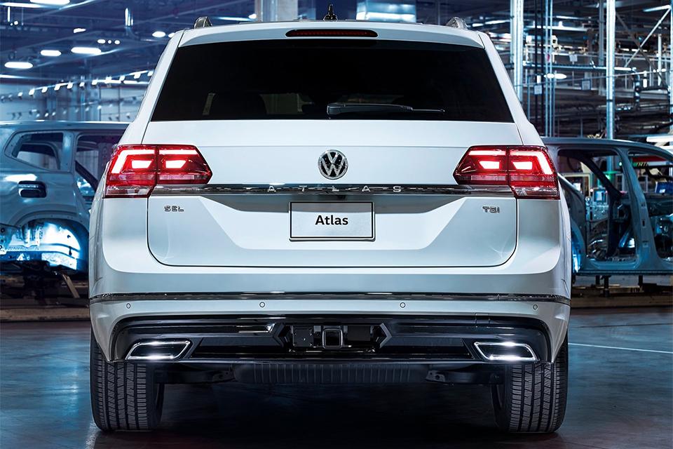 Volkswagen Atlas обзавелся спорт-пакетом R-Line. Фото 2
