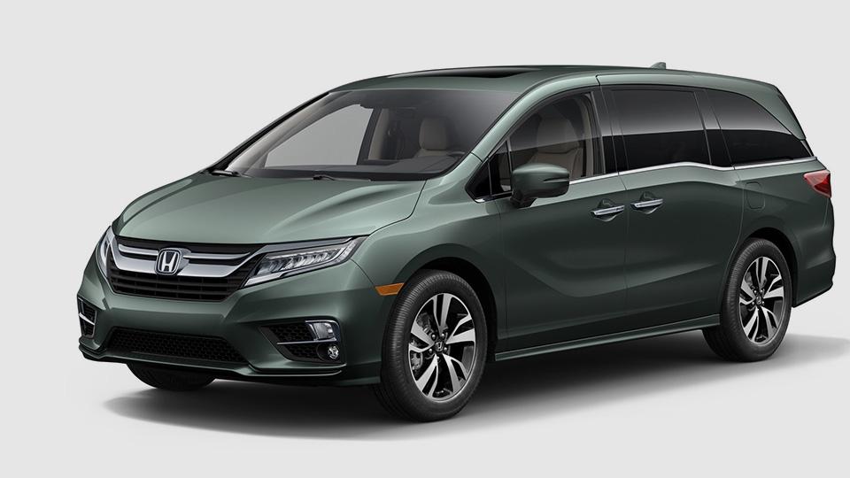 «Хонда» добавила минивэну Odyssey систему наблюдения запассажирами
