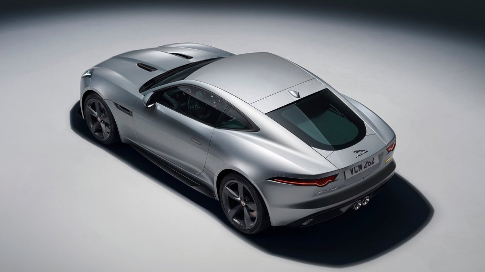 Jaguar ограничит выпуск 400-сильного F-Type одним годом