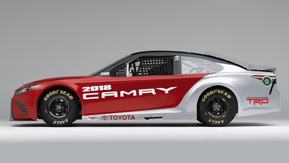 Toyota Camry выступит вамериканской серии NASCAR