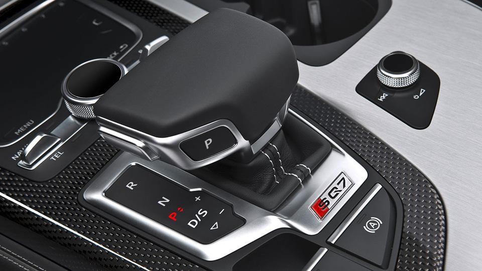 Машины с«автоматами» стали вРФпопулярнее автомобилей с«механикой»