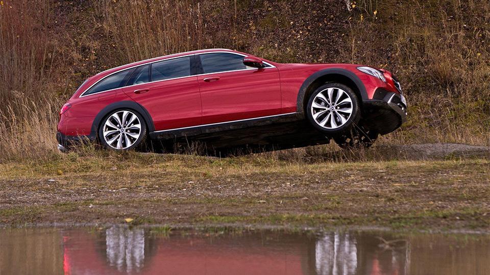 Benz E-Class All-Terrain будет стоить от3,9млнруб.