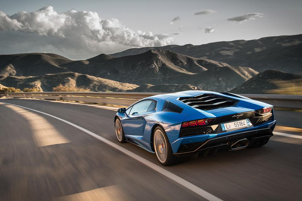 Тест-драйв Lamborghini Aventador S, после которого нужно заново учиться жить. Фото 15