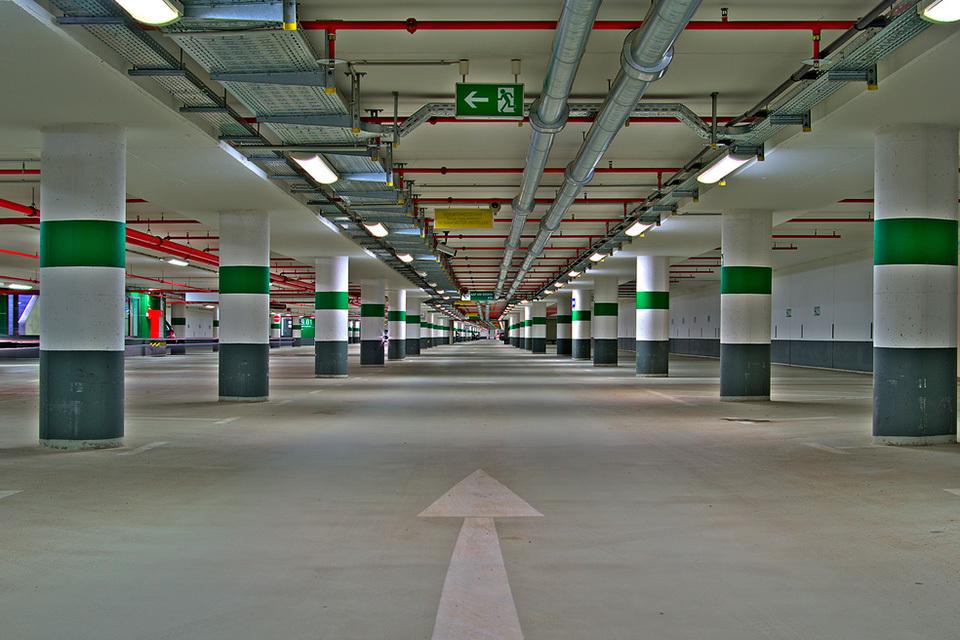 12 необычных парковок . Фото 4