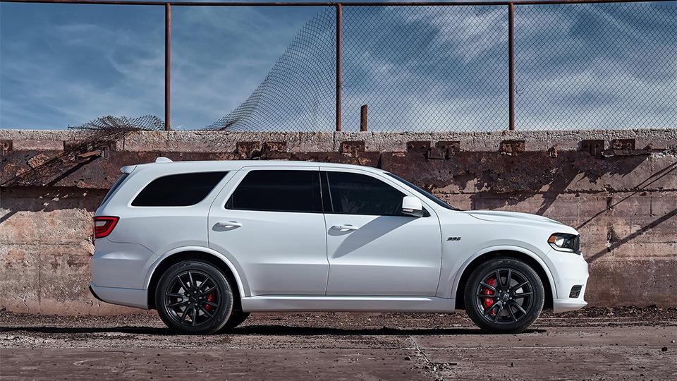 Dodge сделал 481-сильный вседорожный автомобиль Durango SRT
