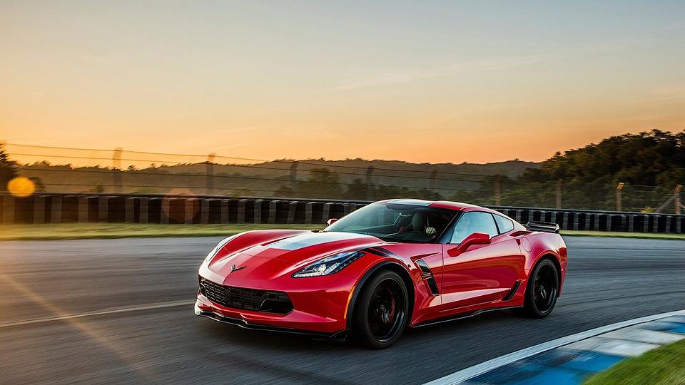В Российской Федерации приехал споткар Шевроле Corvette Grand Sport