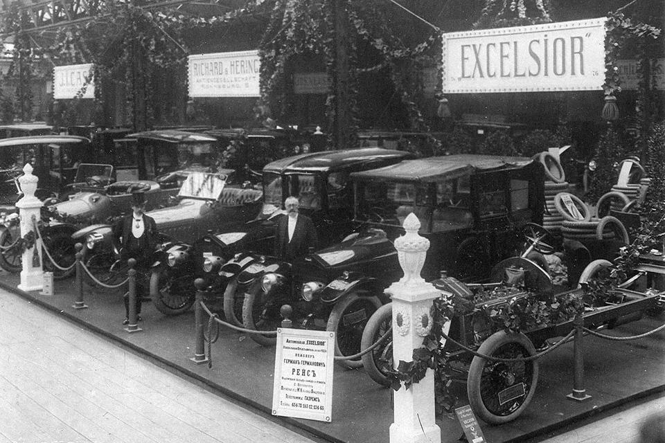Отправляемся наавтосалон начала прошлого века: премьеры, чудеса итехнологии. Фото 3