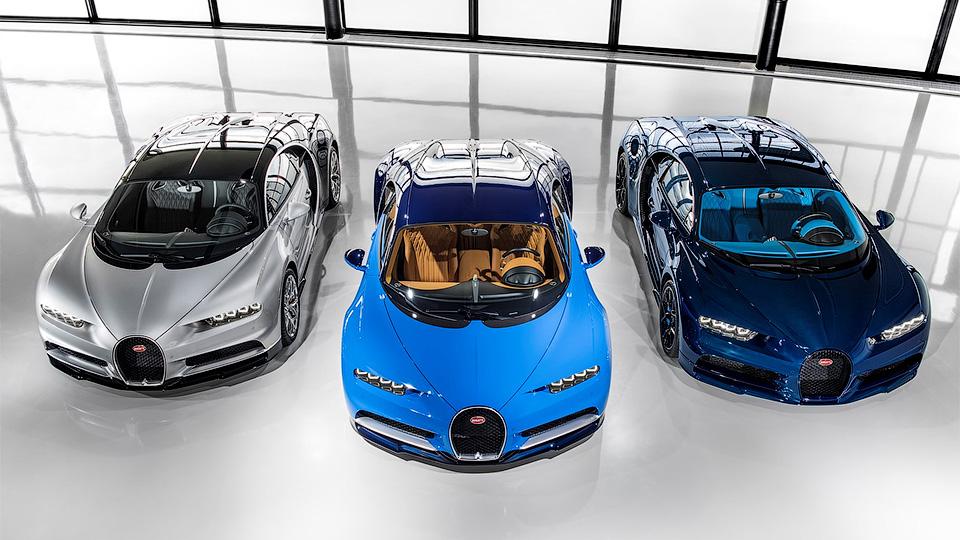 Первые три клиента компании Бугатти Automobiles уже получили гиперкар Chiron