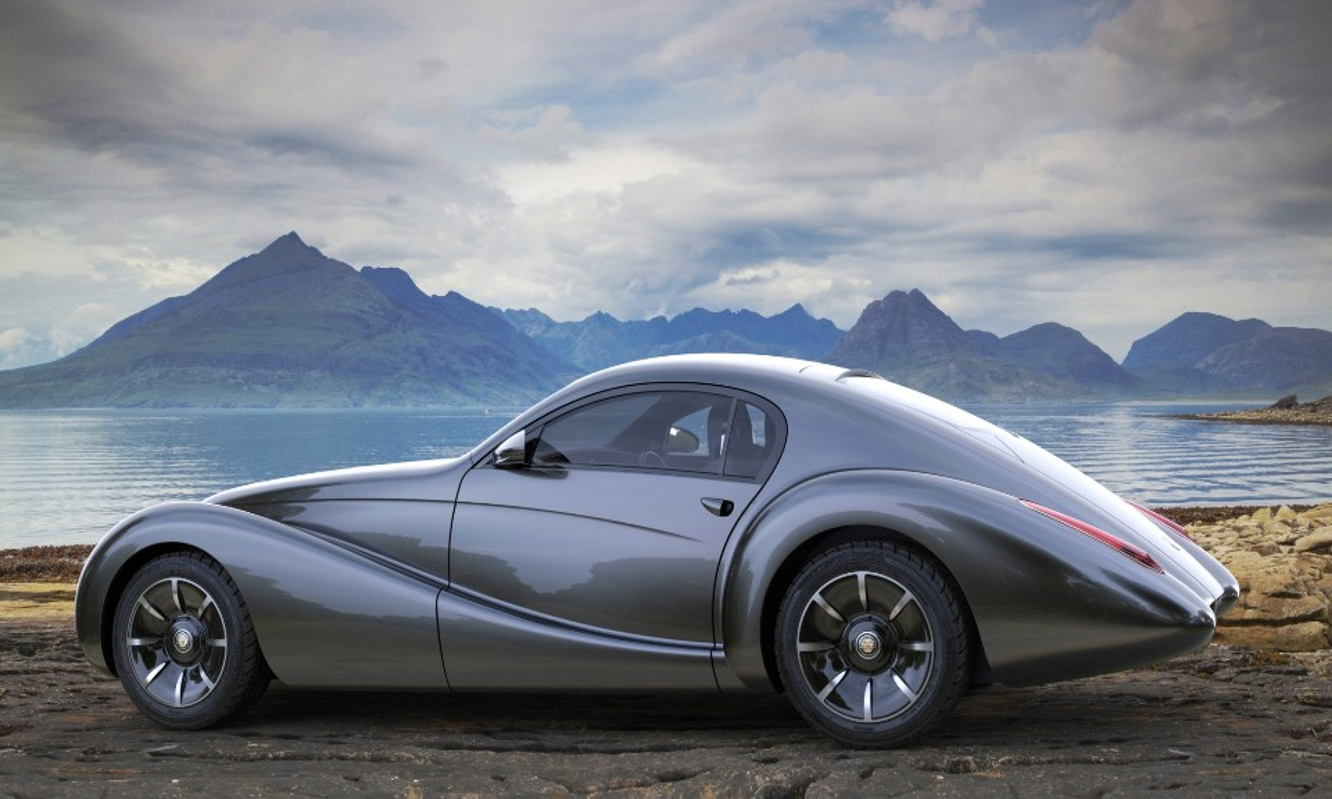 Дизайн двухдверки Black Cuillin выполнили встиле Alfa Romeo 1930-х