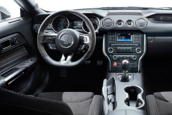 Собственниками Shelby Mustang GT350 подан иск против компании Форд