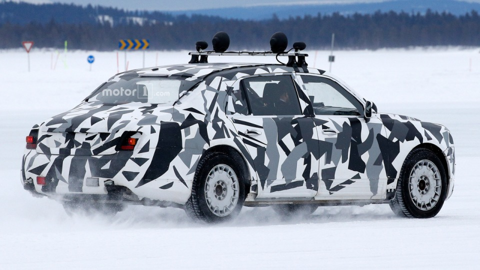 Автомобильные шпионы словили накамеру седан изпроекта «Кортеж»