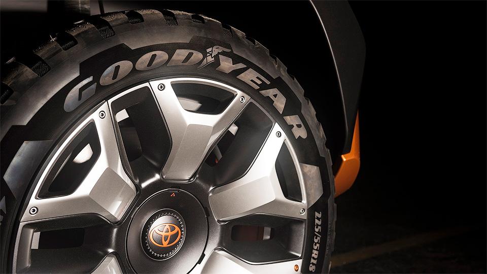 Тойота намекнула нановый внедорожник
