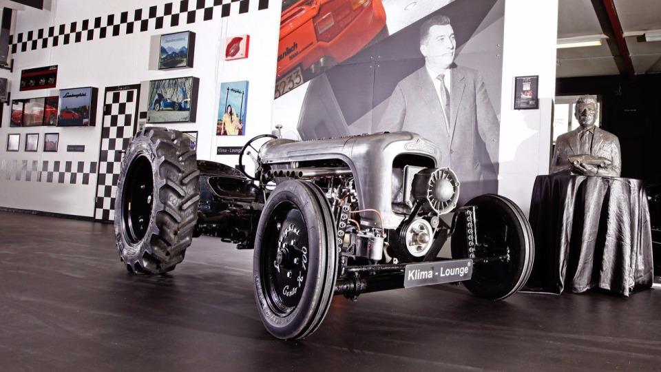 Lamborgini выпустит 5 тракторов за250 тыс. евро