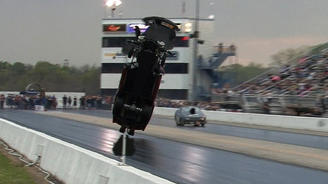 Как Chevrolet Corvette смог взлететь на скорости 360 км\ч.  - Corvette