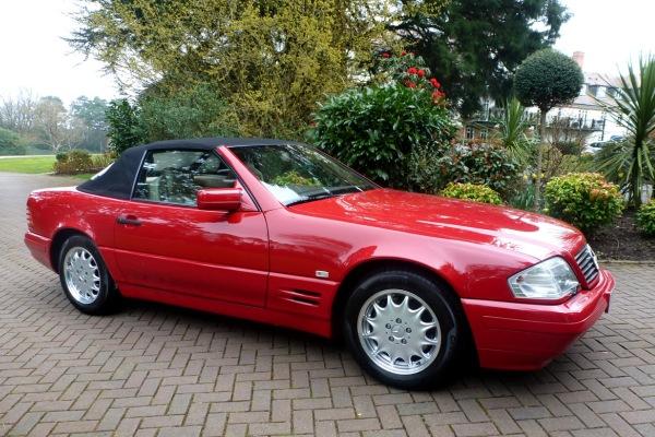 Найденный Mercedes-Benz SL500 1996 года без пробега уйдет смолотка