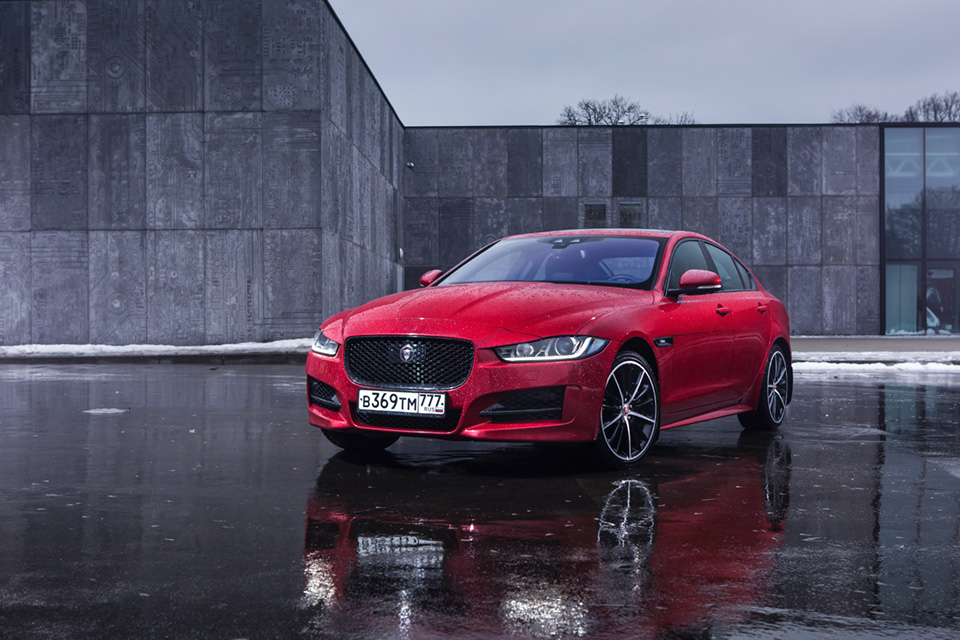 Длительный тест дизельного Jaguar XE: первые впечатления. Фото 4