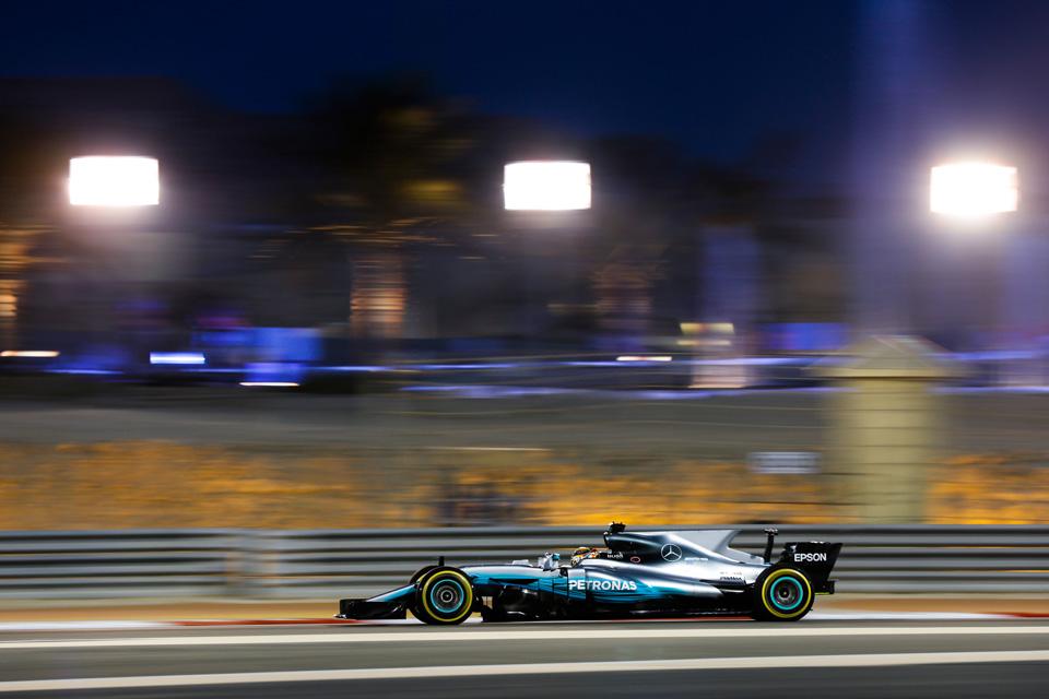 Как наГран-при Бахрейна тревожные симптомы превратились вдиагноз для Mercedes. Фото 3