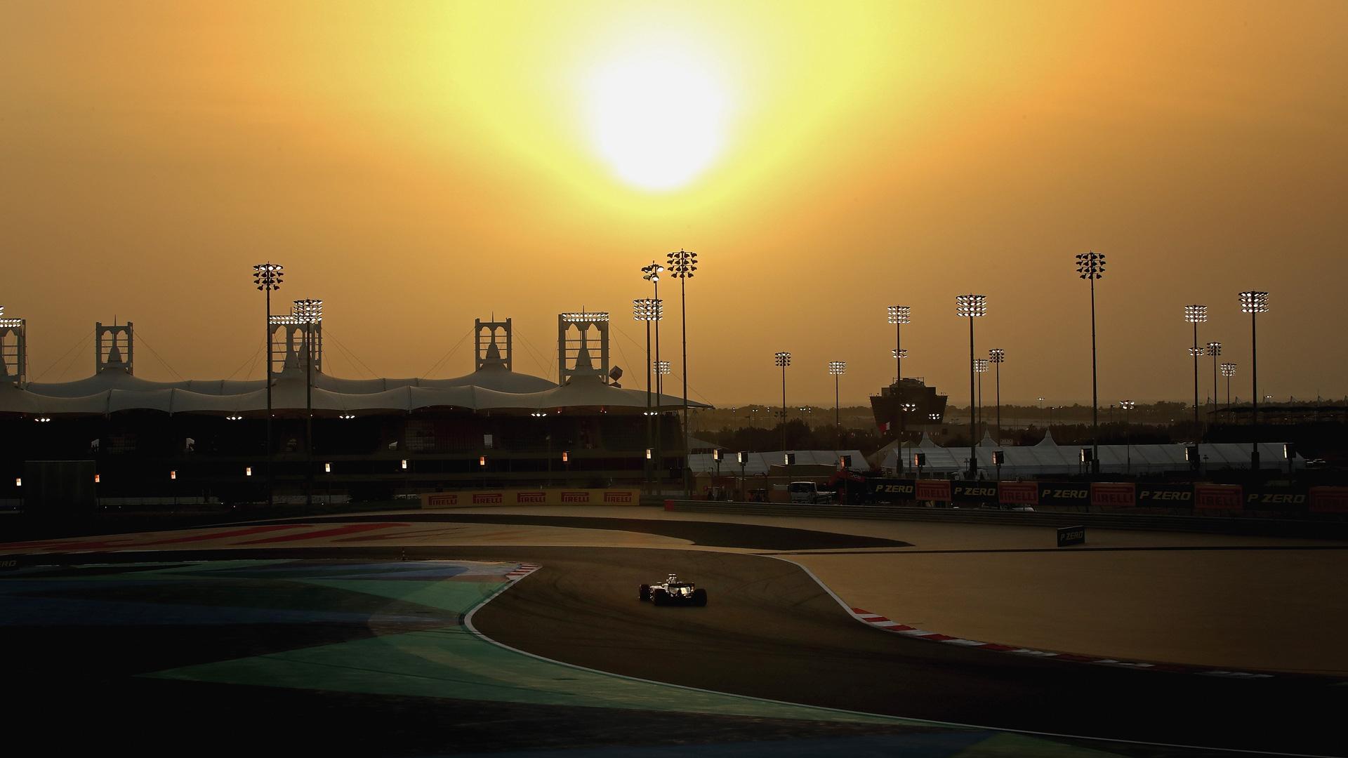Как наГран-при Бахрейна тревожные симптомы превратились вдиагноз для Mercedes. Фото 15