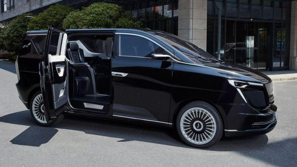Китайская Iconiq Motors представила электрический минивэн для чиновников