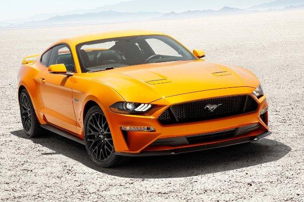 Форд Mustang стал наиболее популярным спорткаром вмире