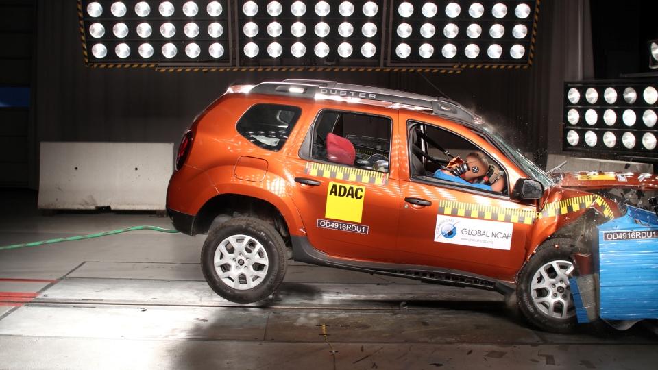 Рэно Duster поставили нуль звезд вкраш-тесте Global NCAP