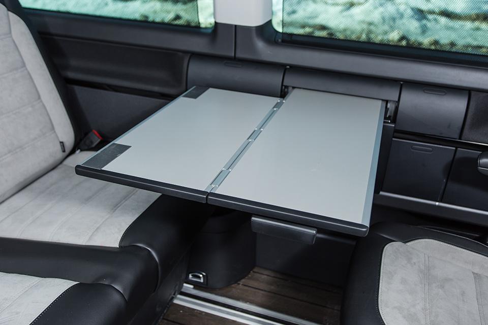 Длительный тест Volkswagen Multivan, часть вторая: интерьер, итоги истоимость владения. Фото 2