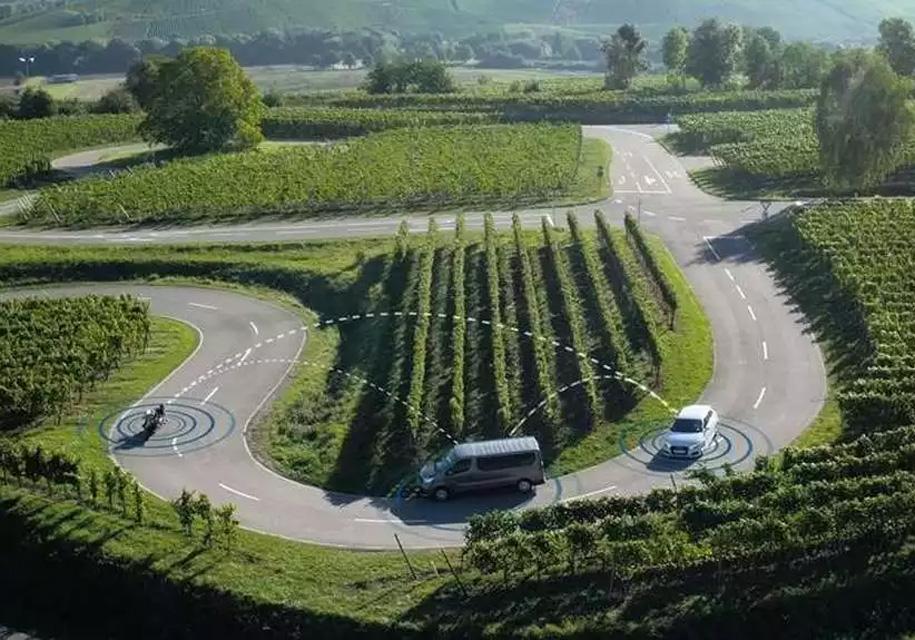 Автомобили начнут определять мотоциклы Ducati на расстоянии