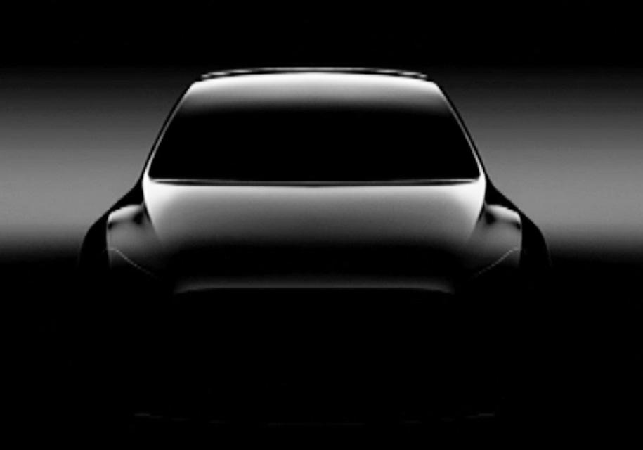 Появилось первое изображение нового кроссовера Tesla Model Y