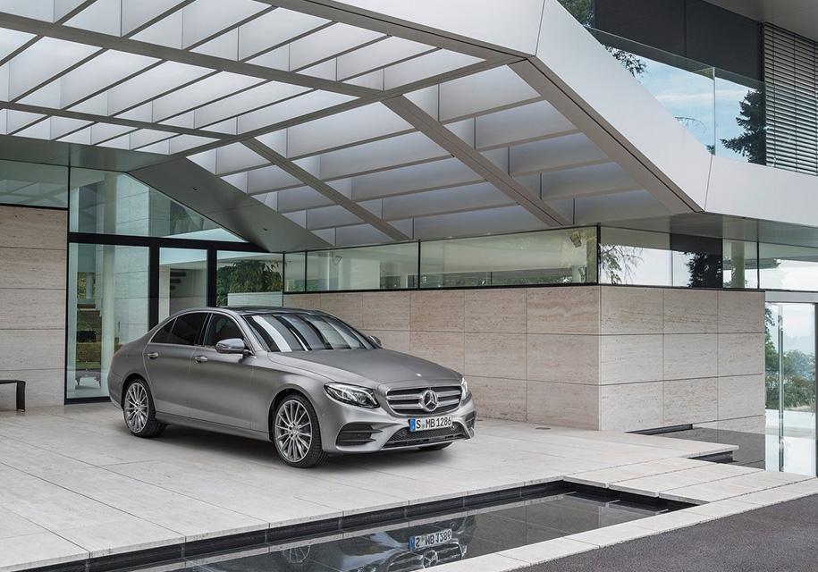 Mercedes-Benz начал строить завод в России мощностью 25 тыс. авто в год - Mercedes-Benz