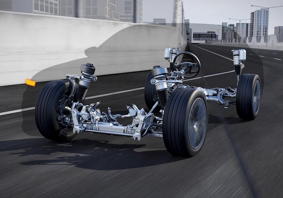 Ауди A8 будет приподнимать кузов перед столкновением