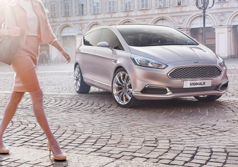 Ford запатентовала систему убирающихся руля и педалей для машин с автопилотом - Ford