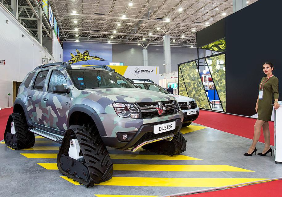 У Renault Duster появилась гусеничная бронированная версия
