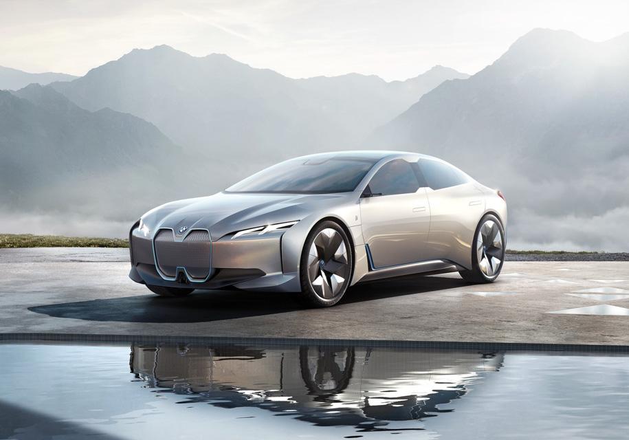 BMW представила электроконцепт с запасом хода 600 км - BMW
