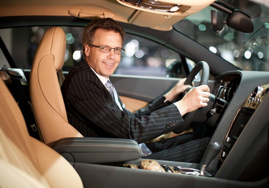 Bentley сманила топ-менеджера Jaguar Land Rover - Bentley