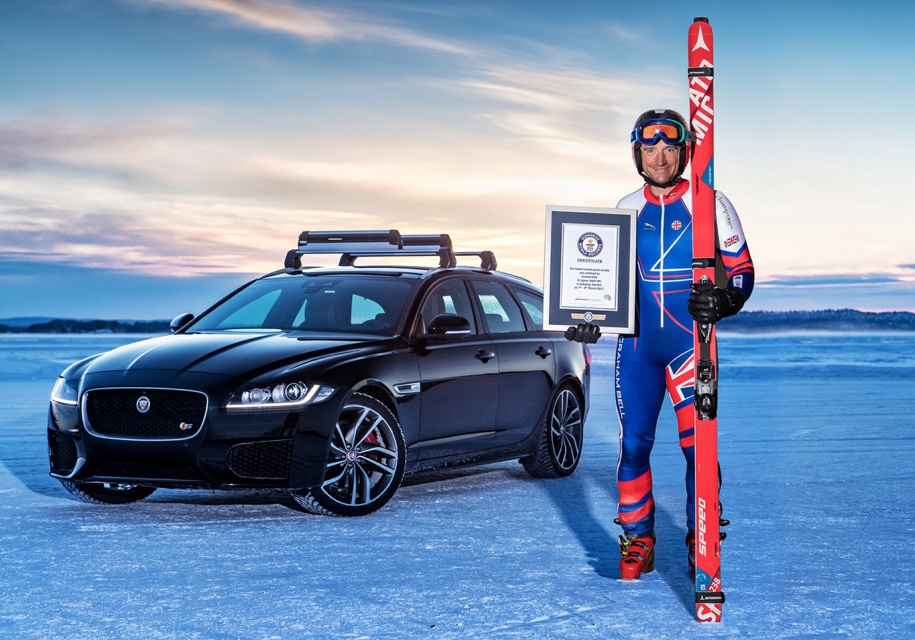 Ягуар XFпобил лыжный рекорд