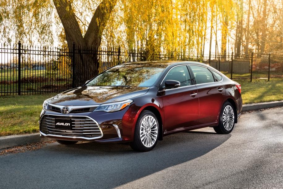 Toyota Avalon текущего поколения.