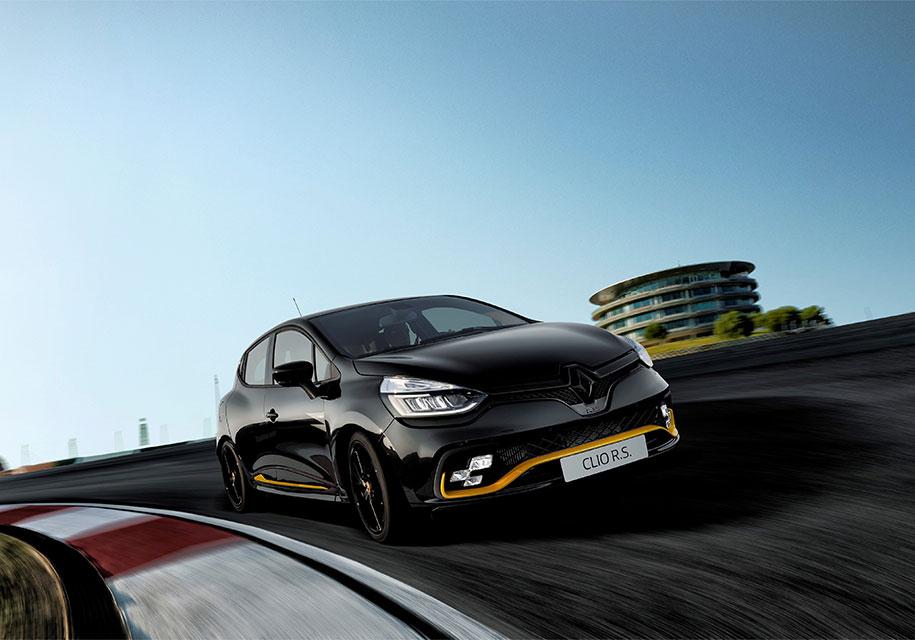 Renault представил особую версию «заряженного» хэтчбека ClioRS