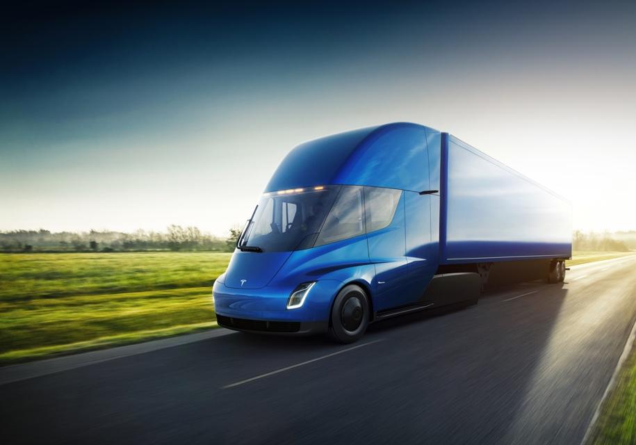 Компания попереработке мусора заказала электрические фуры Tesla Semi