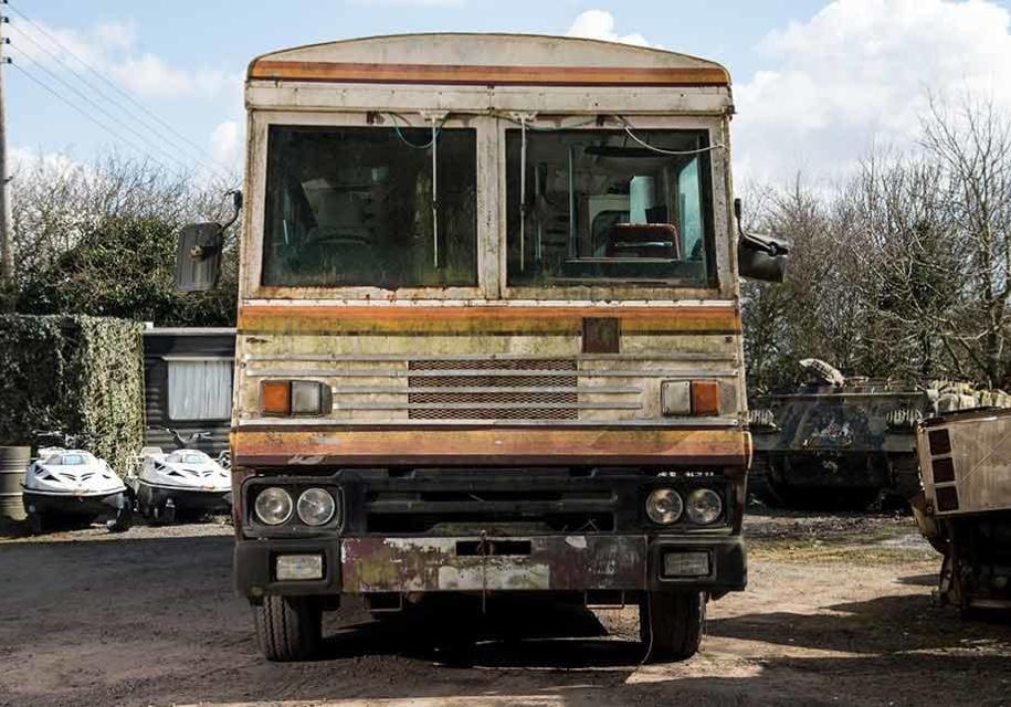 Бронированный автобус Маргарет Тэтчер выставили на реализацию