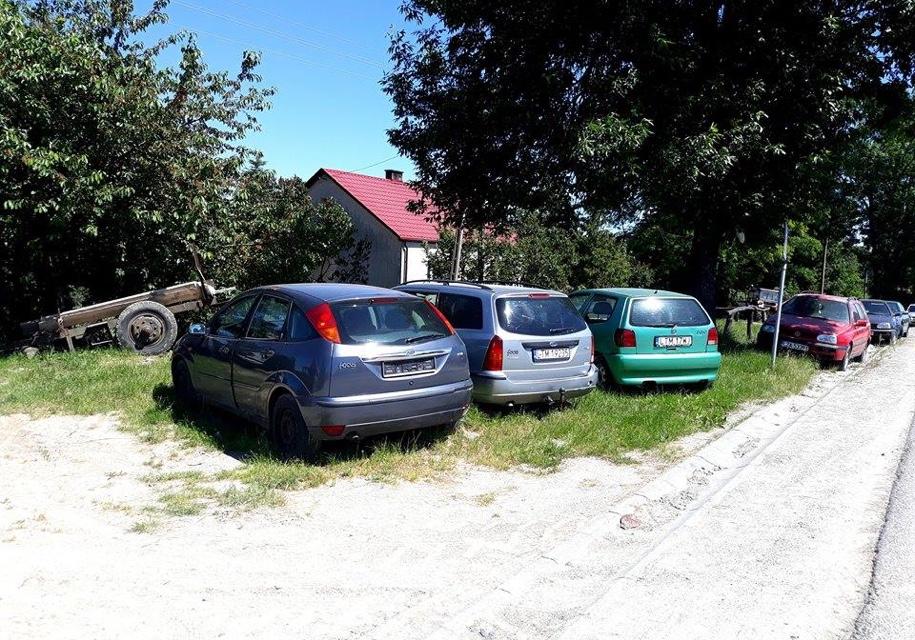 Украинцы превратили село вПольше вкладбище нерастаможенных авто