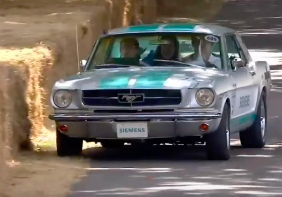 Форд Mustang 1965 года савтопилотом покажут вГудвуде