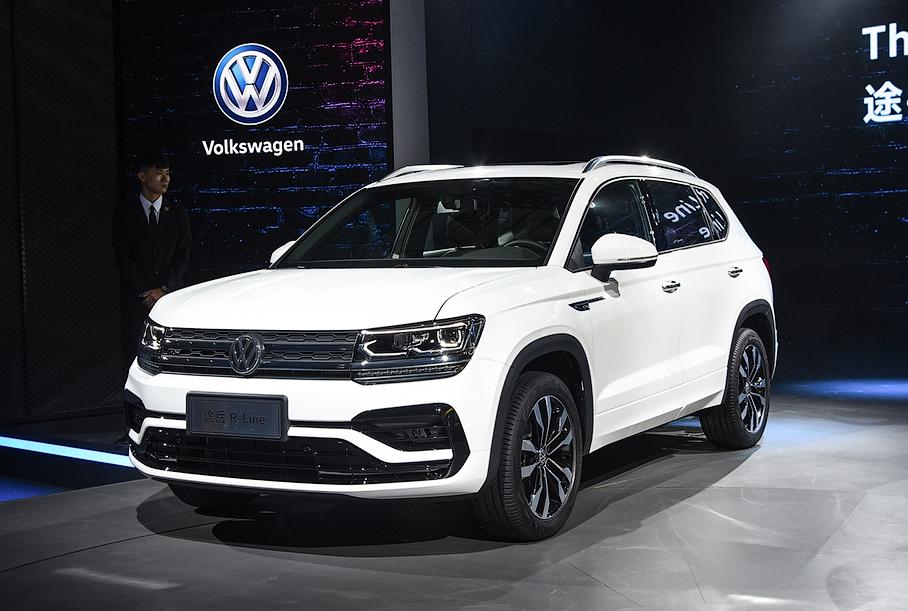 «Народному кроссоверу» Volkswagen добавили версию R-Line