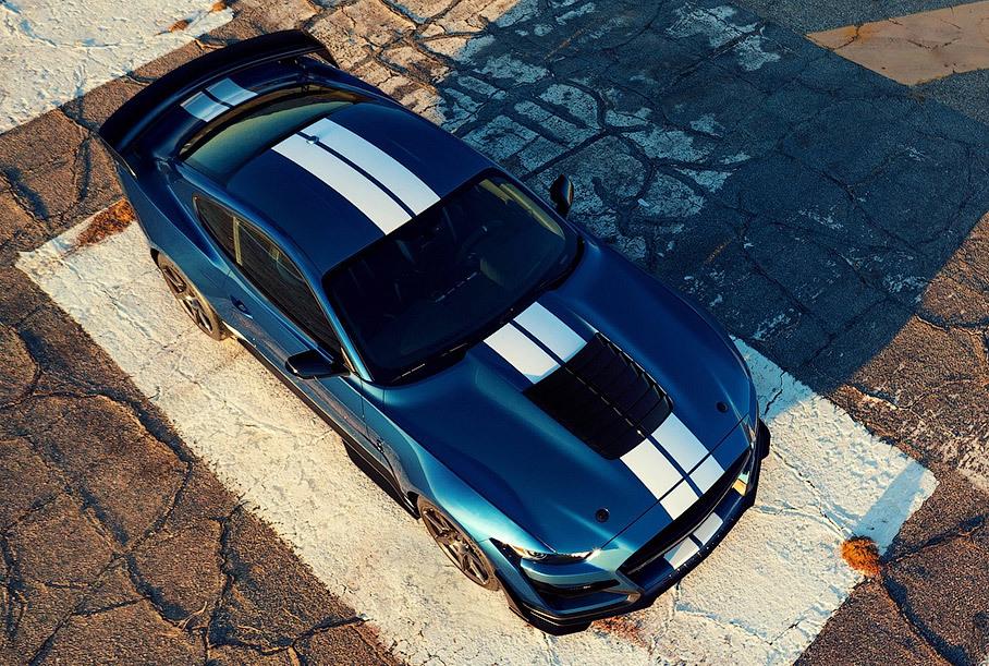 Ford запатентовал гибридную установку для «Мустанга»: V8 и два электромотора