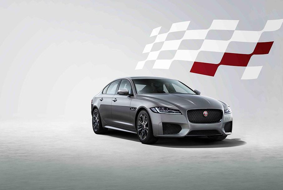 Jaguar привез в Россию «клетчатую» спецверсию седана XF