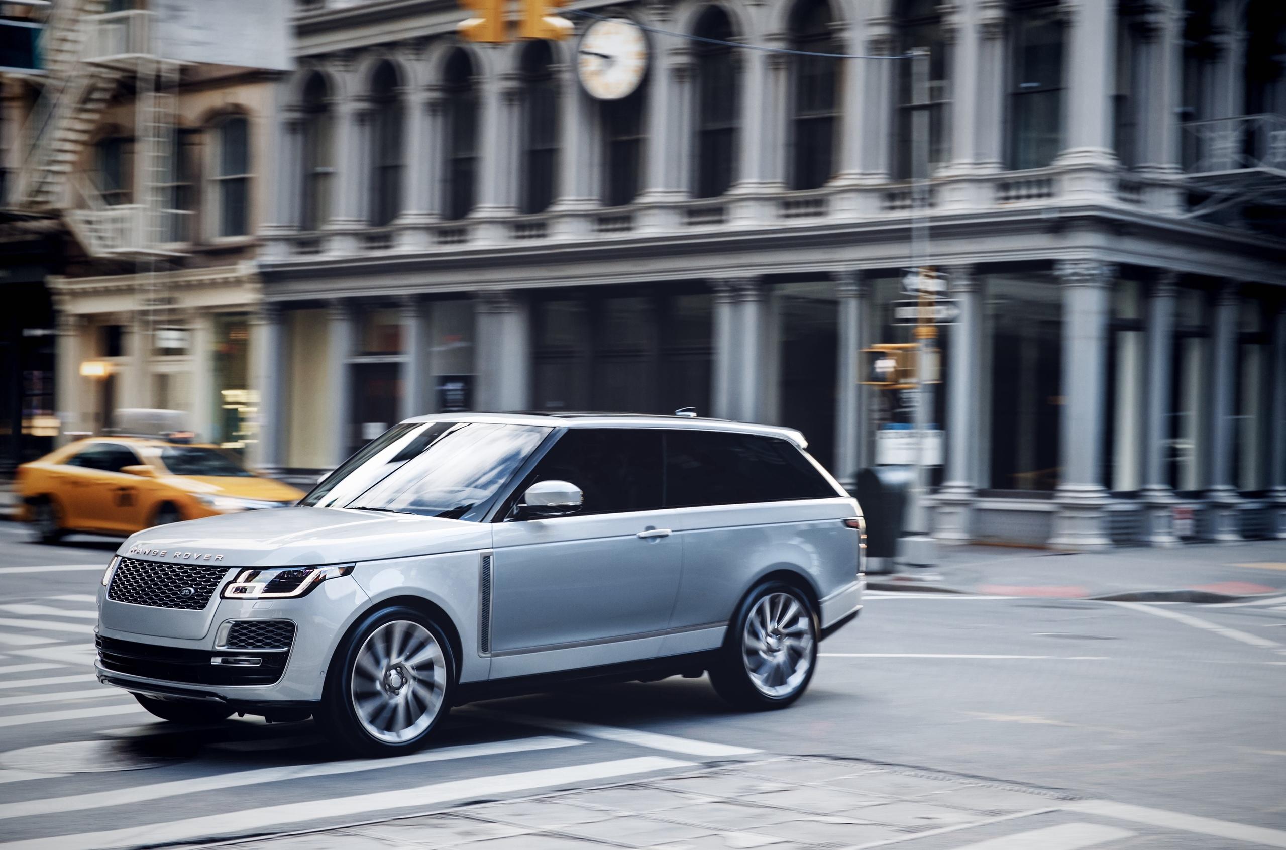 Land Rover отказался от серийного трехдверного «Рэйндж Ровера»