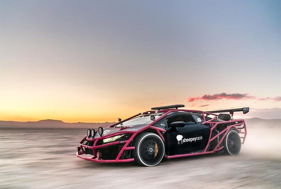 Блогер переделал Lamborghini Huracan в ралли-кар с «экзоскелетом»