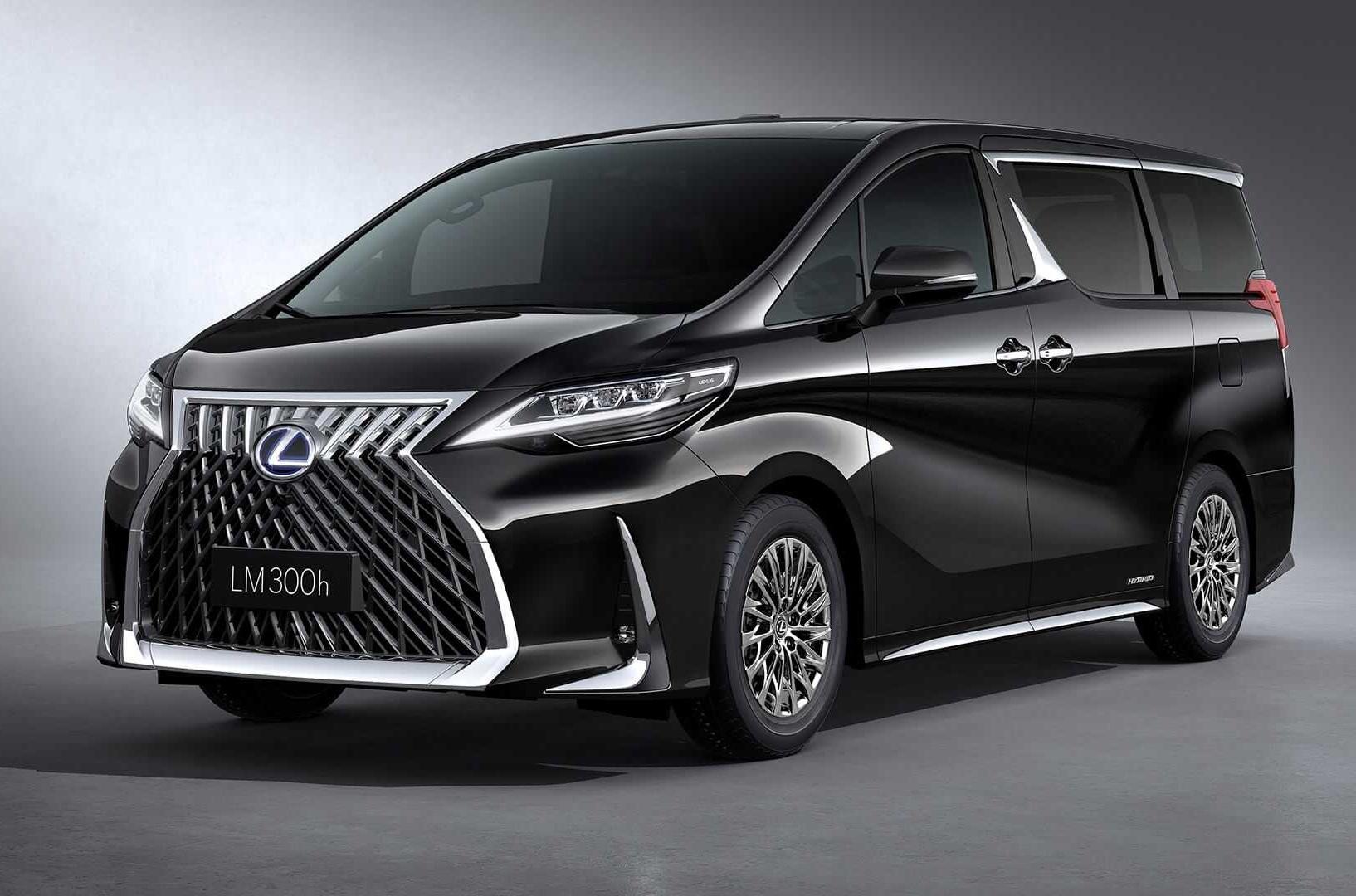 В модельном ряду Lexus появился минивэн