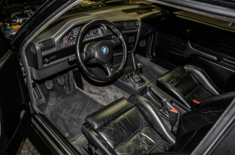 """Картинки по запросу """"За эту редчайшую BMW 1980-х годов просят 650 000 евро"""""""