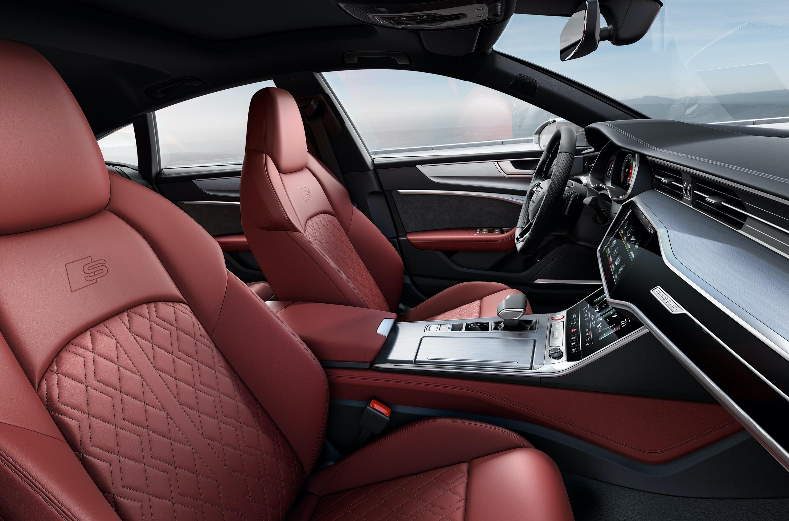 Audi начала принимать заказы на S6 и S7 Sportback в России
